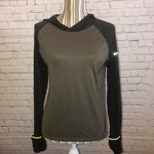 Nike running dr fit slip on light weight pullover